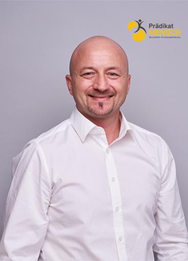 Stefan Bott